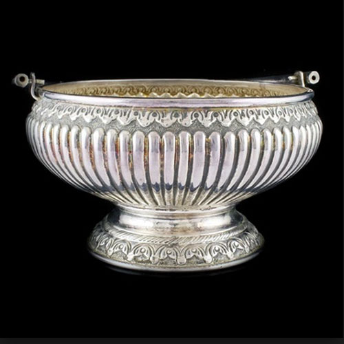 silver-flower-basket-2